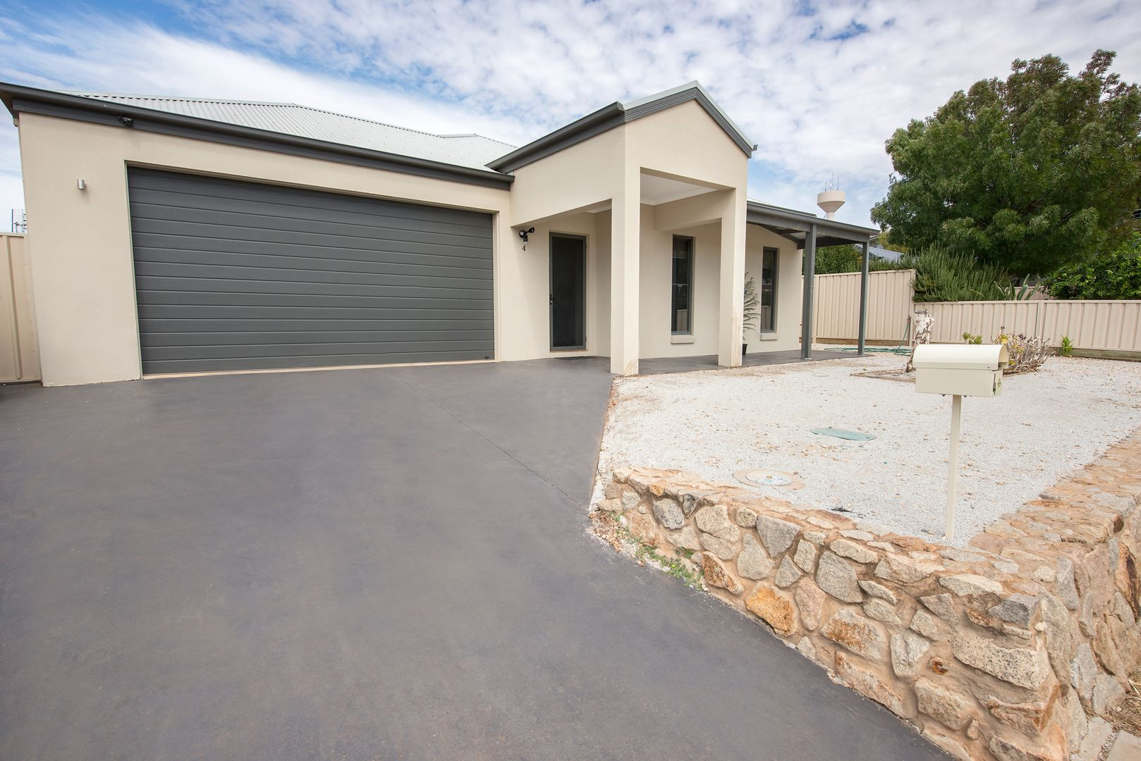4 Moonah Court, Swan Hill VIC 3585, Image 0
