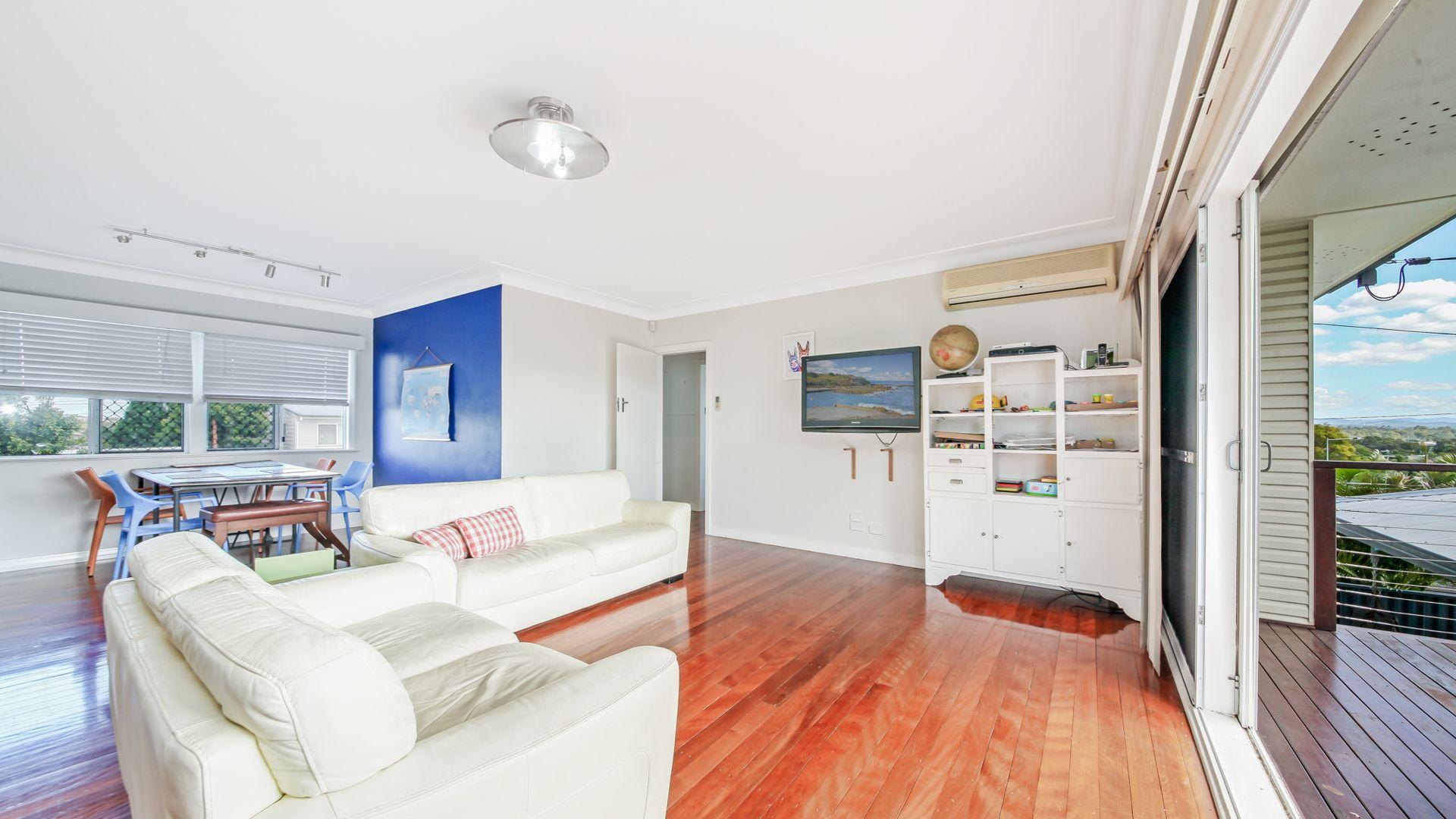 37 Nevin Street, Aspley QLD 4034, Image 2