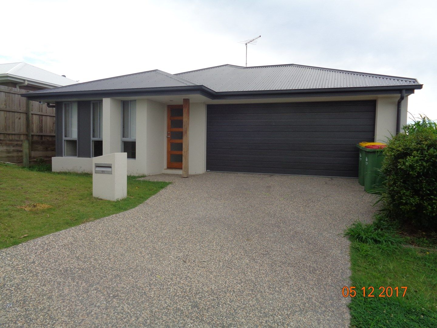 11 SAVANNAH CRT, Waterford QLD 4133, Image 0