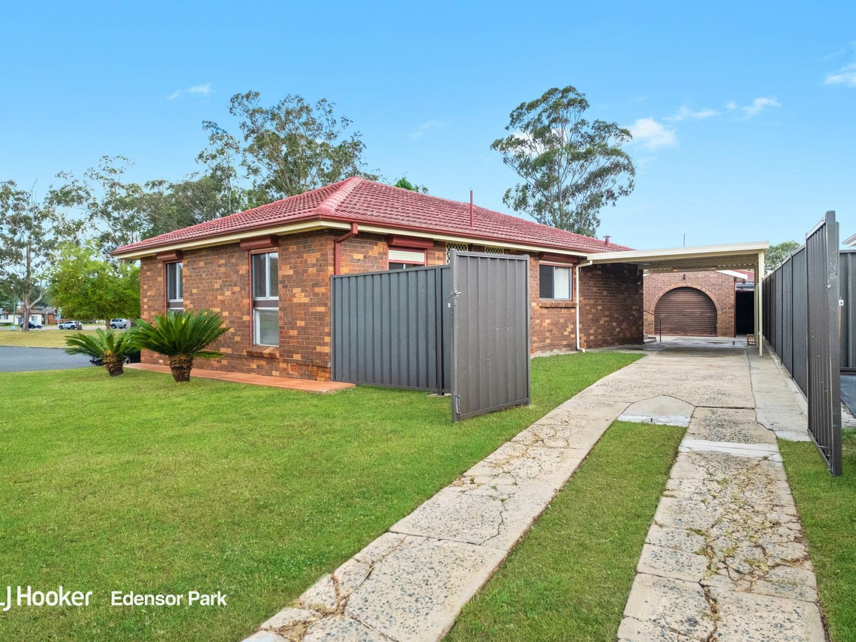 32 Barker Street, Bossley Park NSW 2176, Image 1
