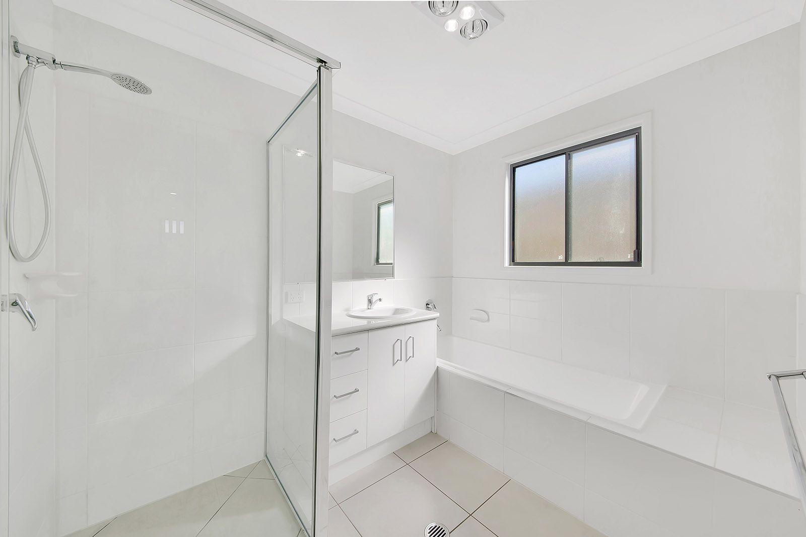 14 Telopea Place, Kirkwood QLD 4680, Image 2