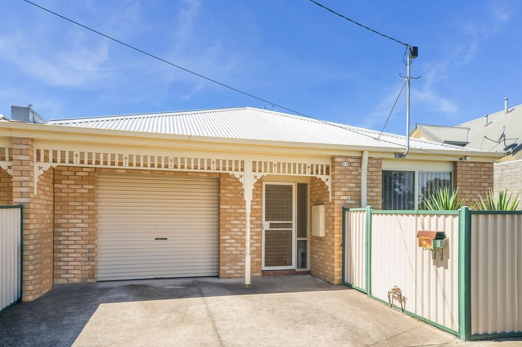 2/12 Willow Crescent, Bell Park VIC 3215, Image 0