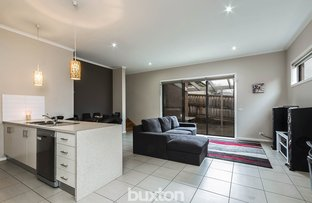 Picture of 1/86 Anakie Road, Bell Park VIC 3215