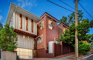 Picture of 77 Hampstead Road, Highgate Hill QLD 4101