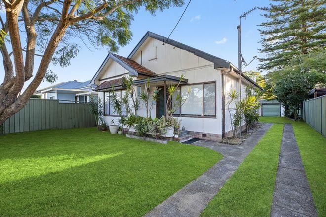 Picture of 25 Barrenjoey Road, ETTALONG BEACH NSW 2257
