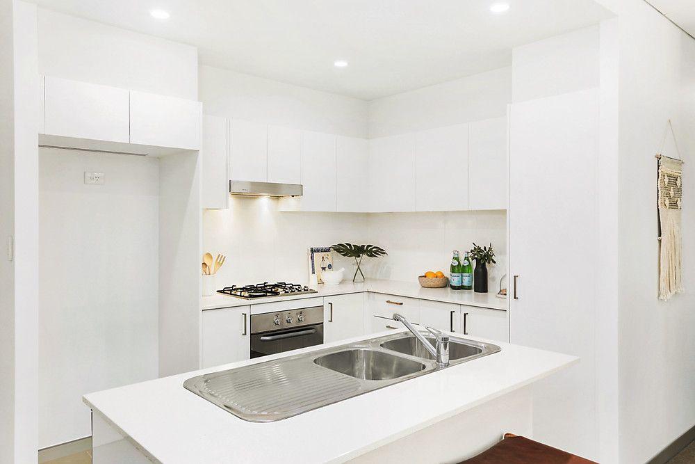 73/22 Gladstone Avenue, Wollongong NSW 2500, Image 1