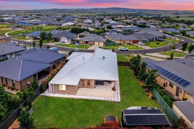 Picture of 65 Freeman Circuit, LLANARTH NSW 2795