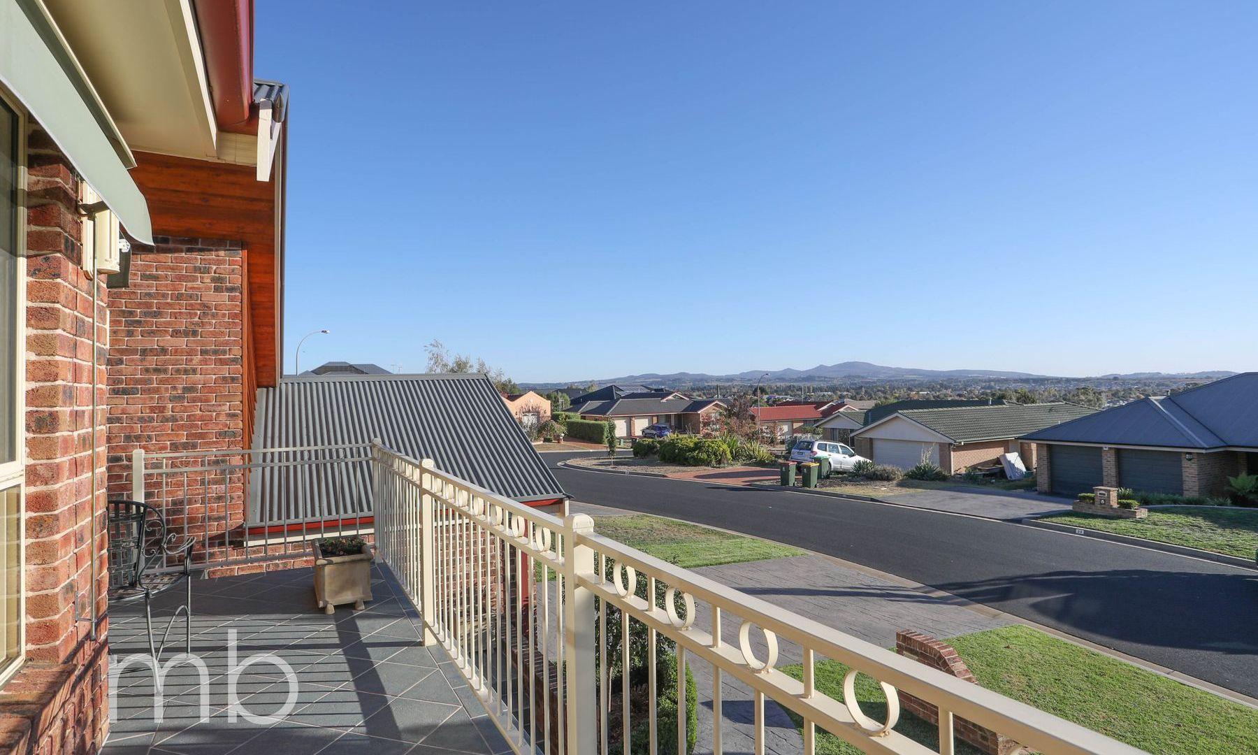 11 Terry Turner Drive, Orange NSW 2800, Image 1