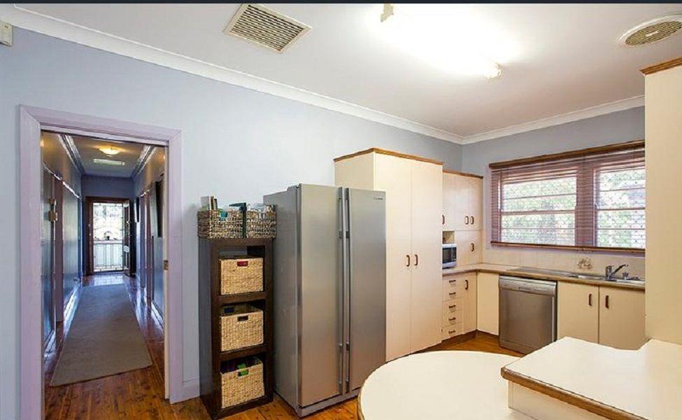 9 Sale Street, Tamworth NSW 2340, Image 1