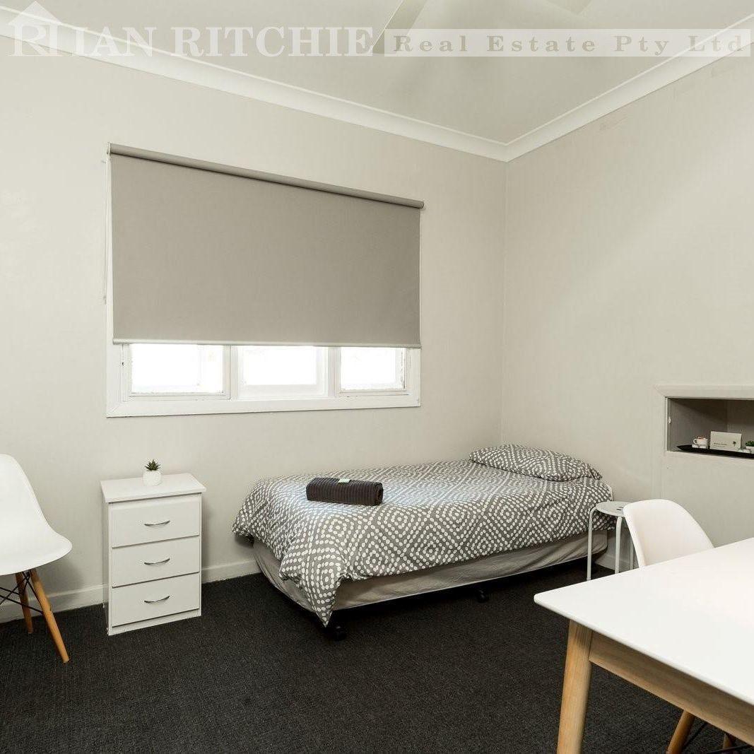 320 David Street, South Albury NSW 2640, Image 1