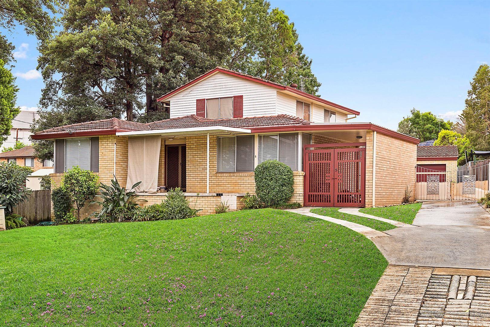 5 Braddock Place, Baulkham Hills NSW 2153, Image 0