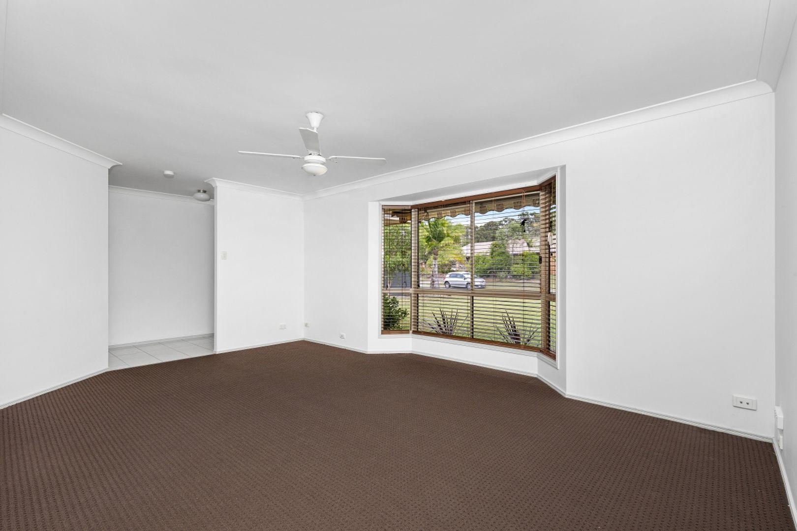 26 Kingaroy Avenue, Helensvale QLD 4212, Image 2