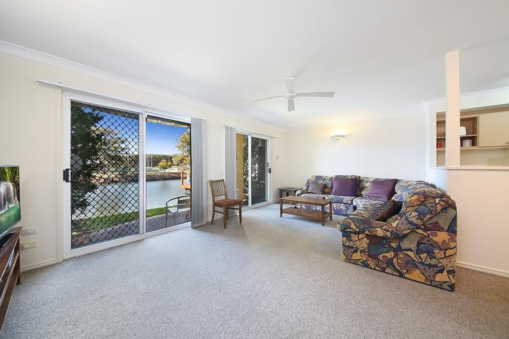 66/215 Cottesloe Drive, Mermaid Waters QLD 4218, Image 2