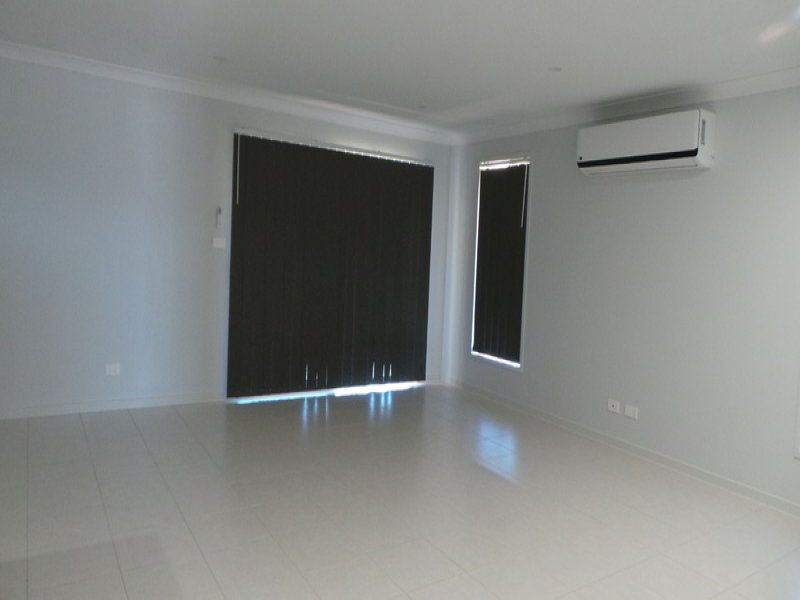 16 Kingham Street, Tamworth NSW 2340, Image 2