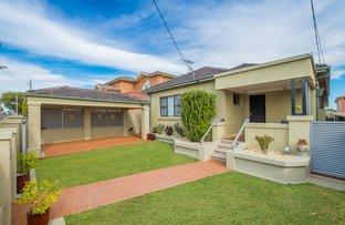 18 Nicoll Ave, Earlwood NSW 2206