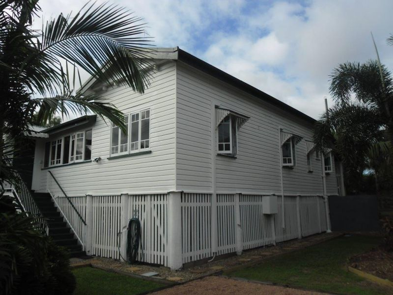 4 Piccadilly Street, Hyde Park QLD 4812, Image 1