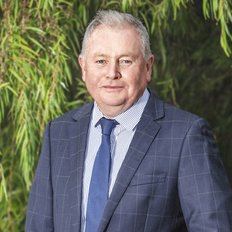 Peter Molloy, Sales representative