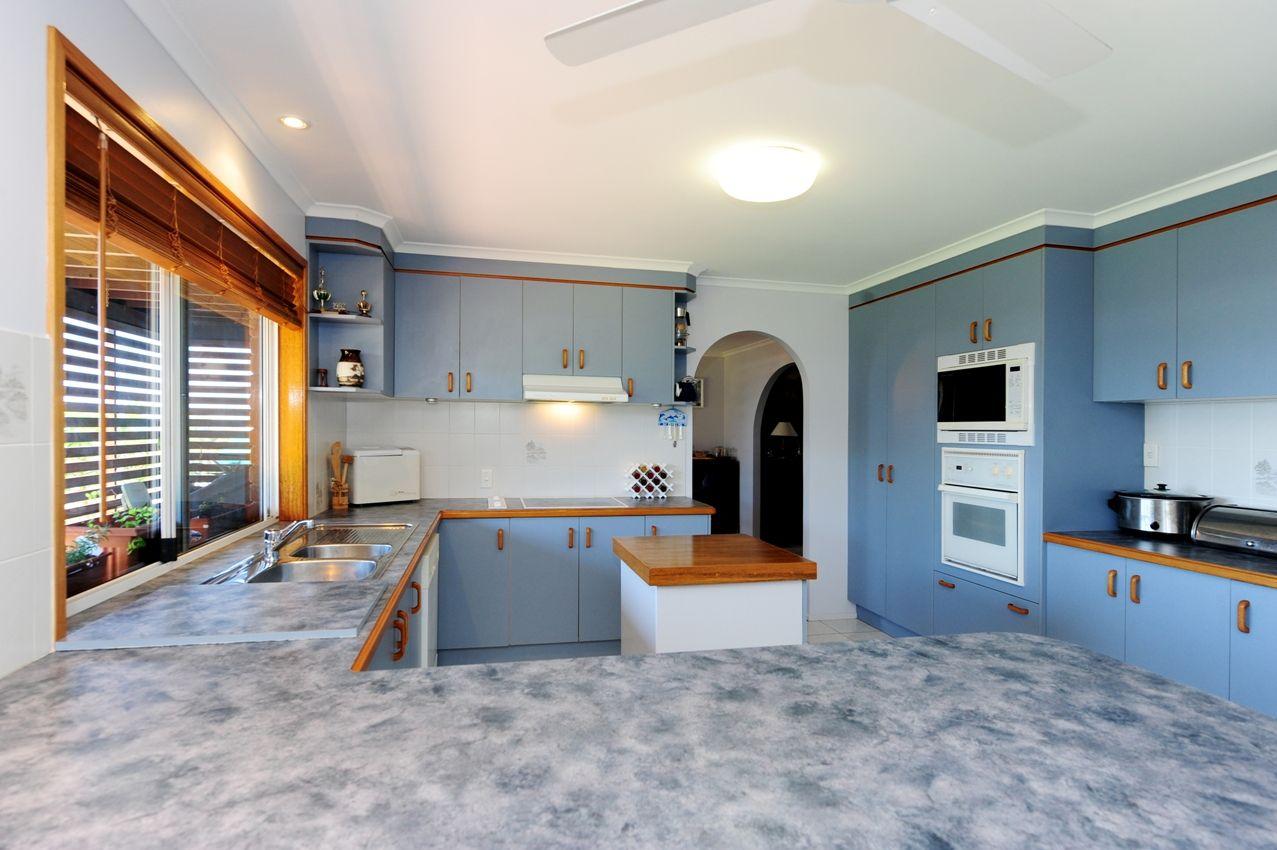 70 Booth Avenue, Tannum Sands QLD 4680, Image 2