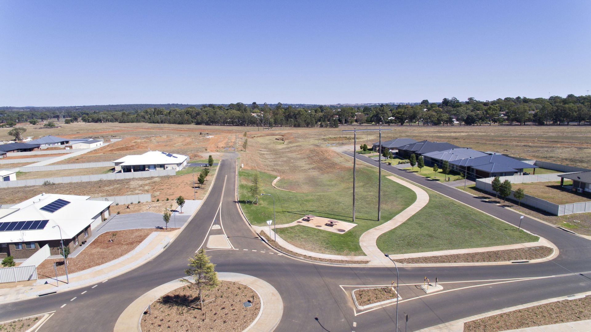 1 Hennessy  Drive, Dubbo NSW 2830, Image 2