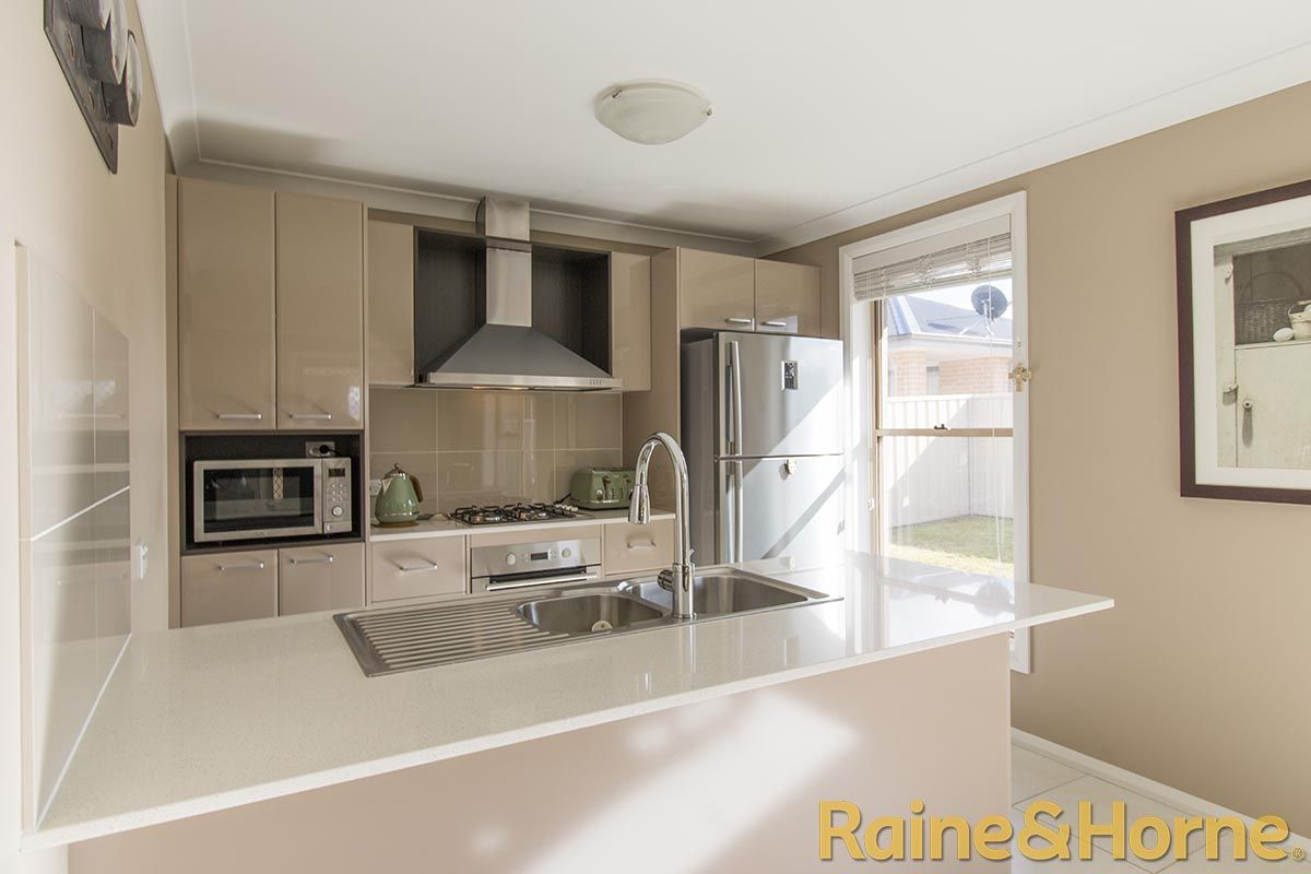 6 Torvean Avenue, Dubbo NSW 2830, Image 0