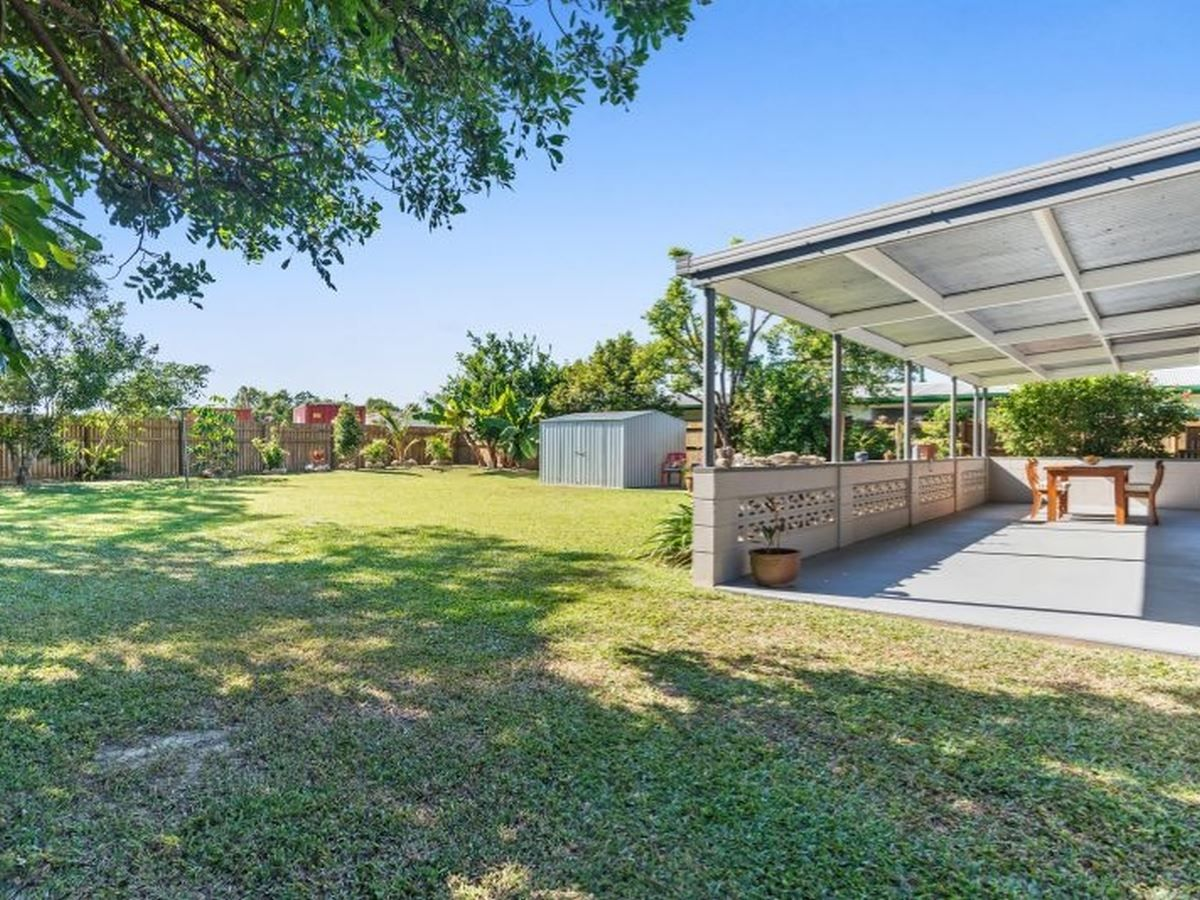 2 Conlan Close, Manoora QLD 4870, Image 2