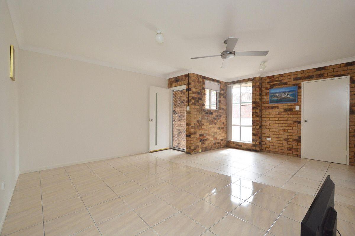 1/22 Waratah Avenue, Yamba NSW 2464, Image 2