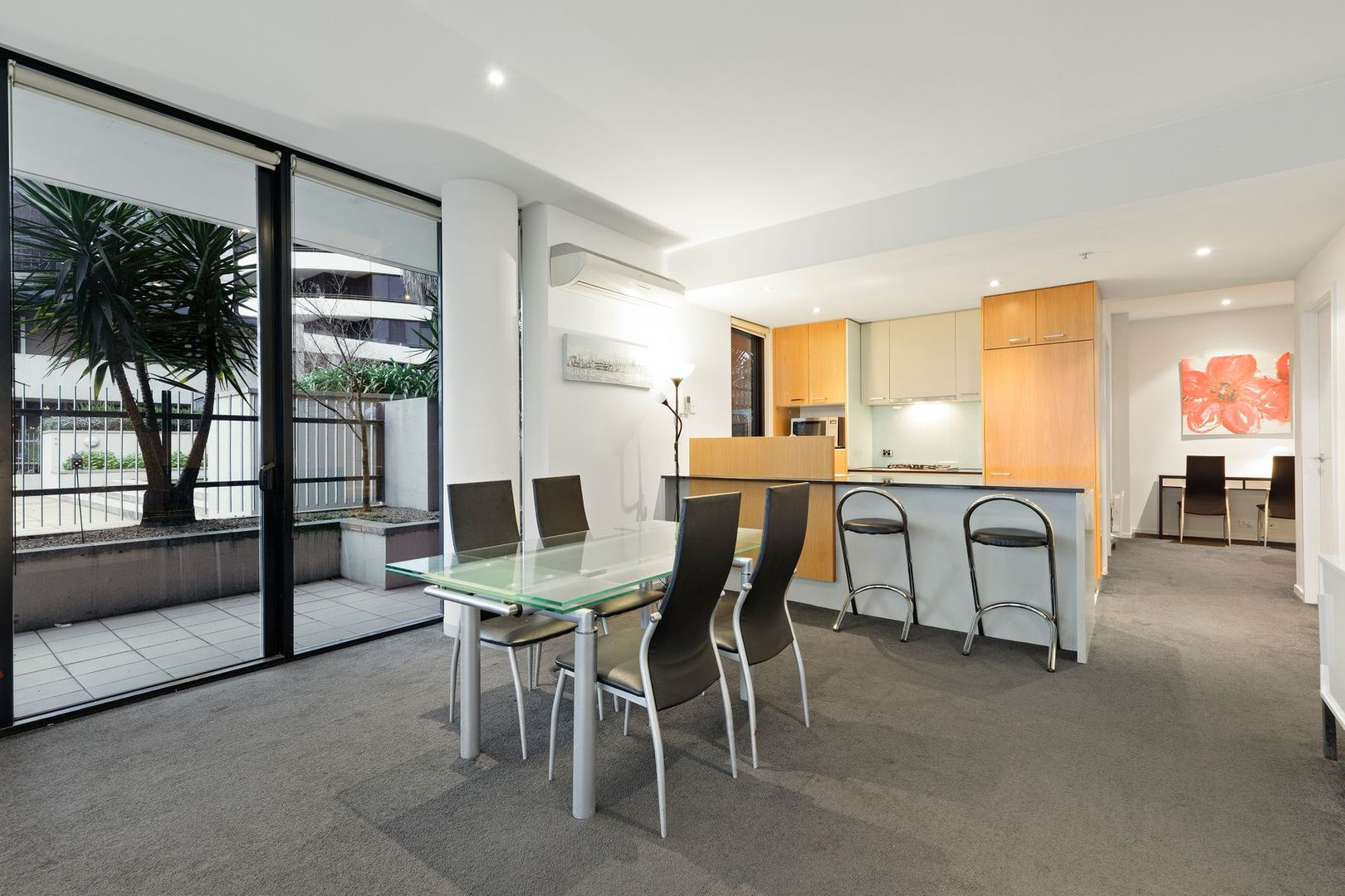 305/30 Newquay Prom, Docklands VIC 3008, Image 2