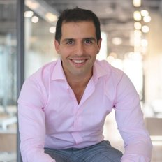 Ari Akbarian, Licensed Real Estate Agent