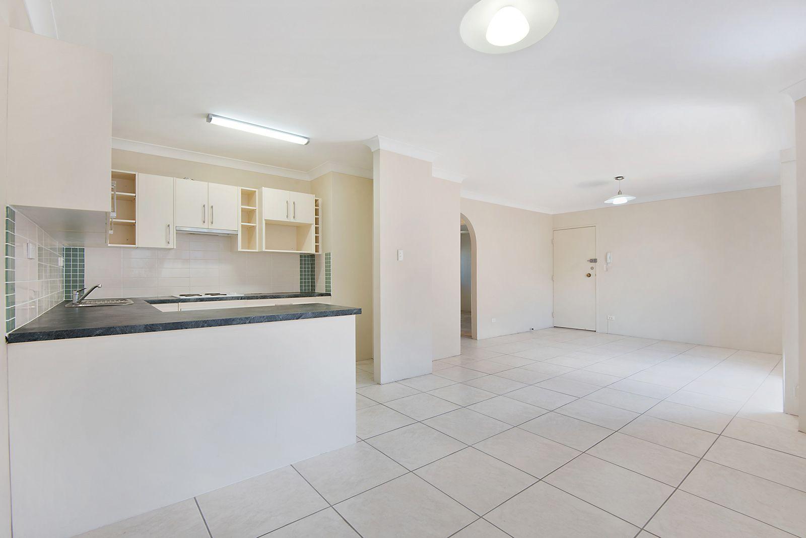 17/48 Swan Street, Gordon Park QLD 4031, Image 2