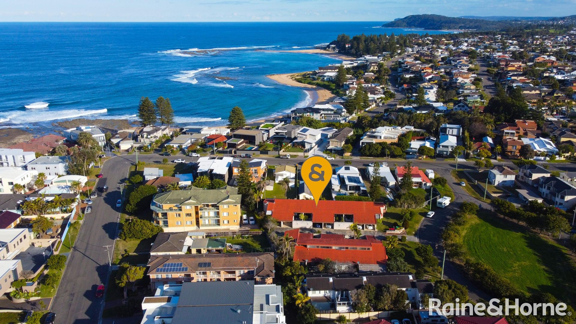 4/4-8 The Crescent, Blue Bay NSW 2261, Image 2