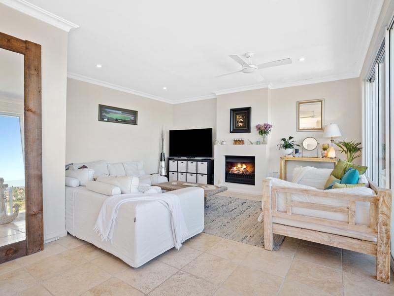 39 Norfolk Avenue, Collaroy NSW 2097, Image 2
