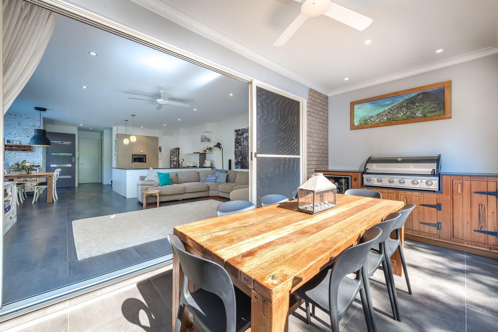 2/15 Broadwater Street, Runaway Bay QLD 4216, Image 1
