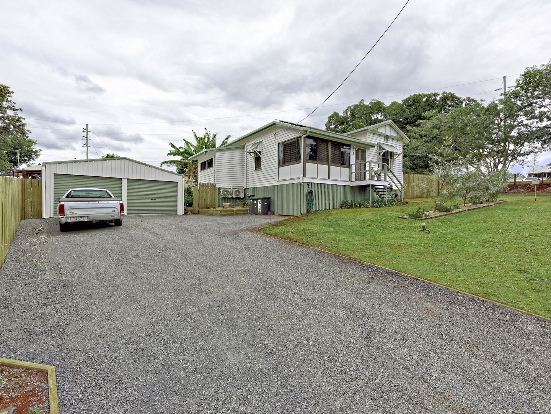 2 Elizabeth Street, Childers QLD 4660, Image 1
