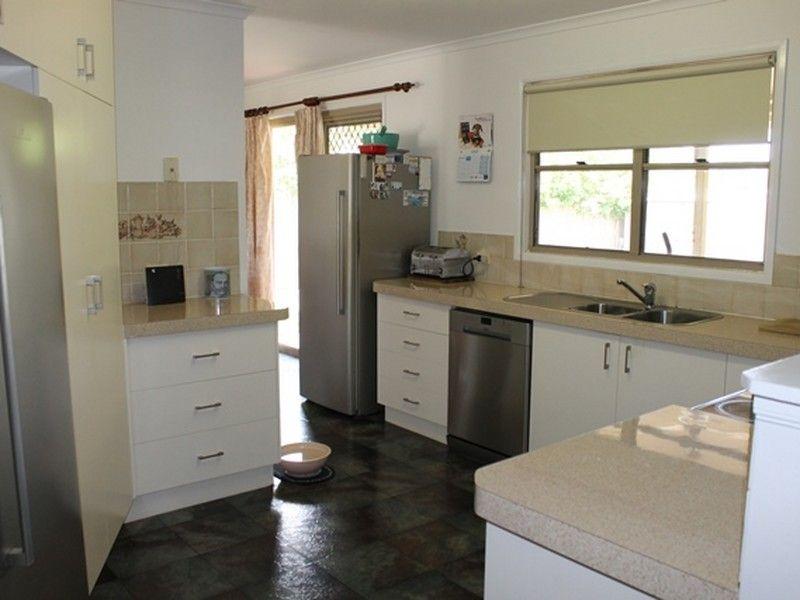 38 Lomandra Street, Boyne Island QLD 4680, Image 1