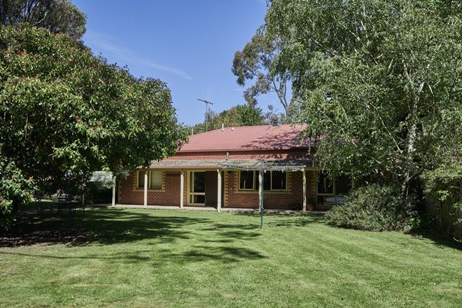 Picture of 3 Dryden Court, WOODEND NORTH VIC 3442
