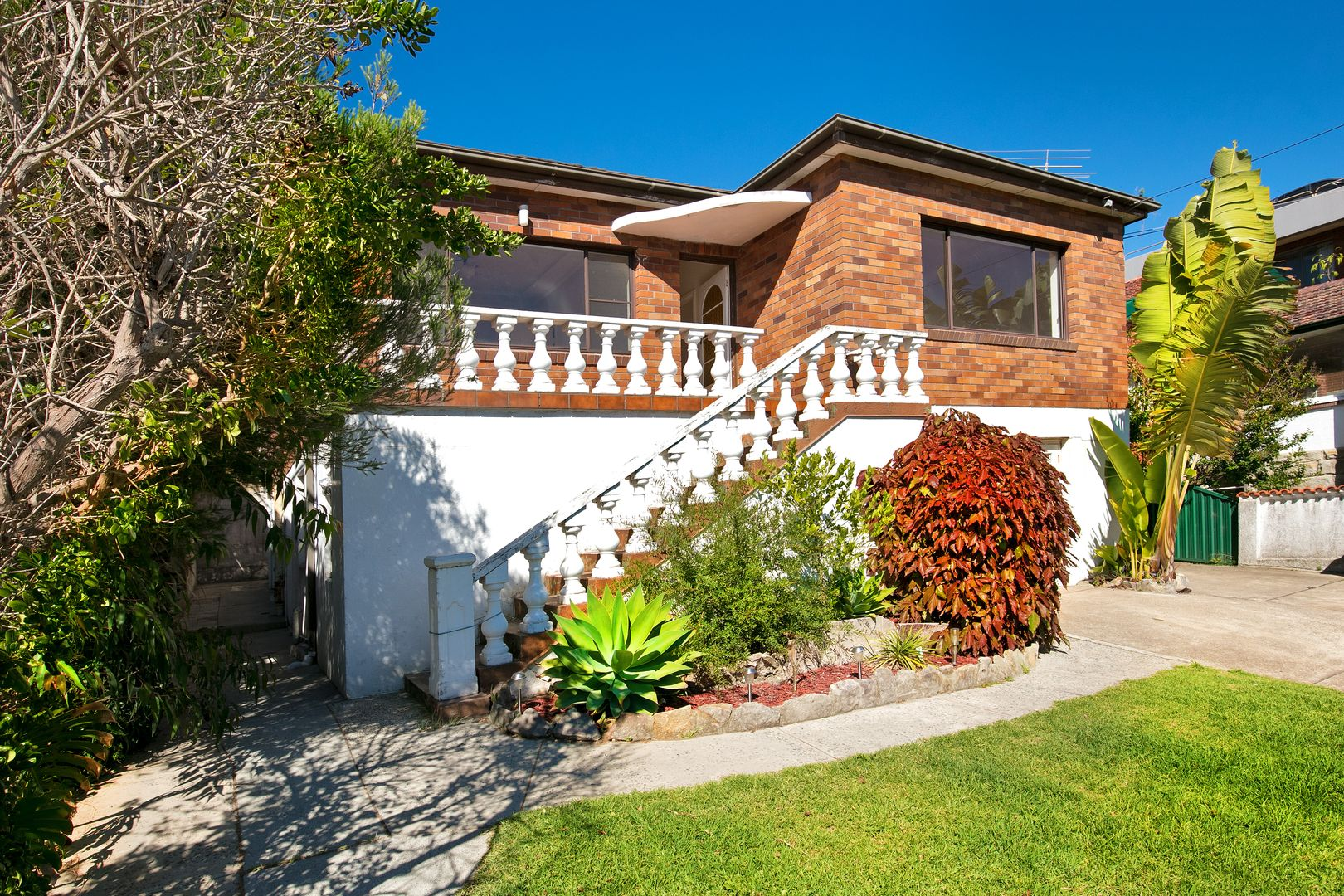 7 Moore Road, Freshwater NSW 2096, Image 1