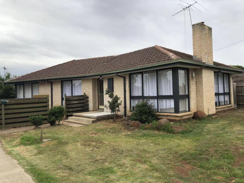 1 Bernard Drive, Melton South VIC 3338, Image 2