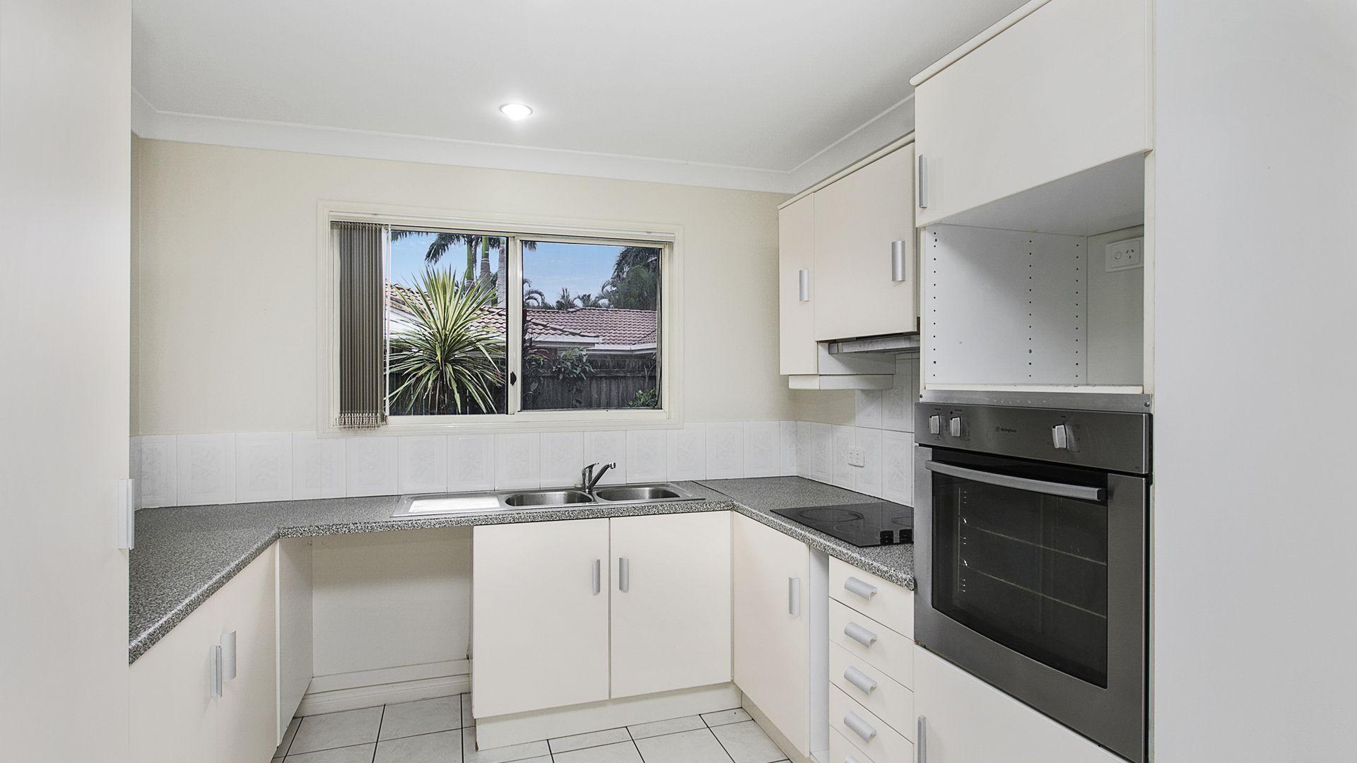 3/21 Victor Street, Birkdale QLD 4159, Image 2