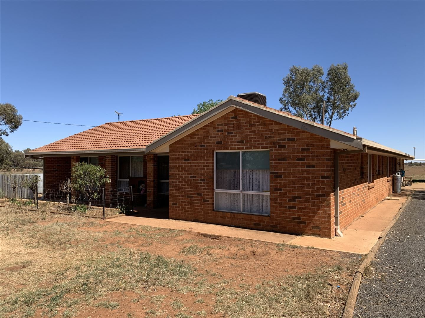 62 Tullamore Road, Peak Hill NSW 2869, Image 1
