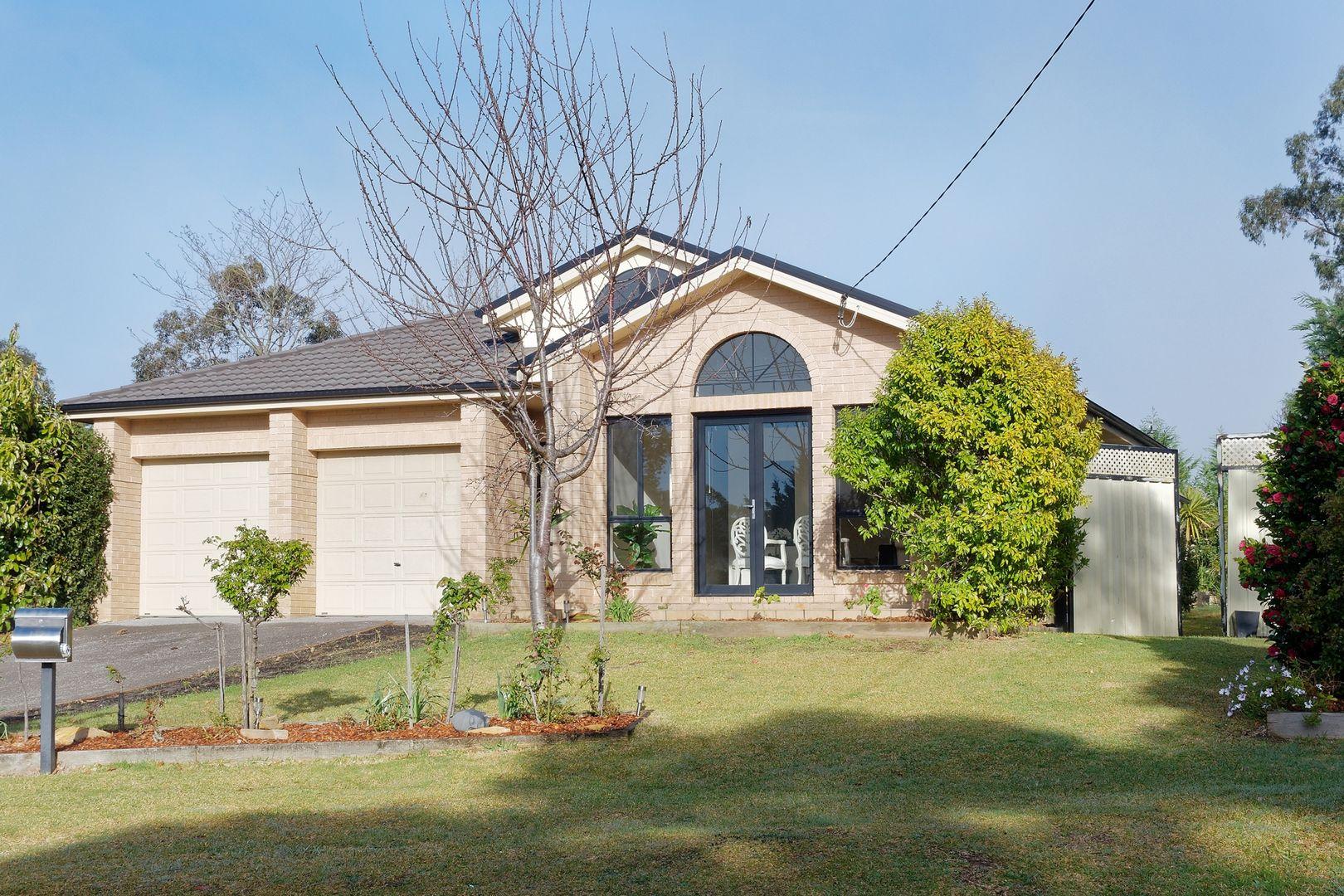 17 Dora Street, Hill Top NSW 2575, Image 1
