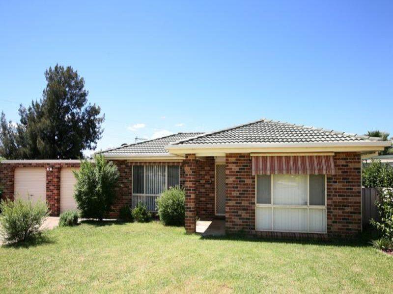 31 Bamarook Street, Glenfield Park NSW 2650, Image 0