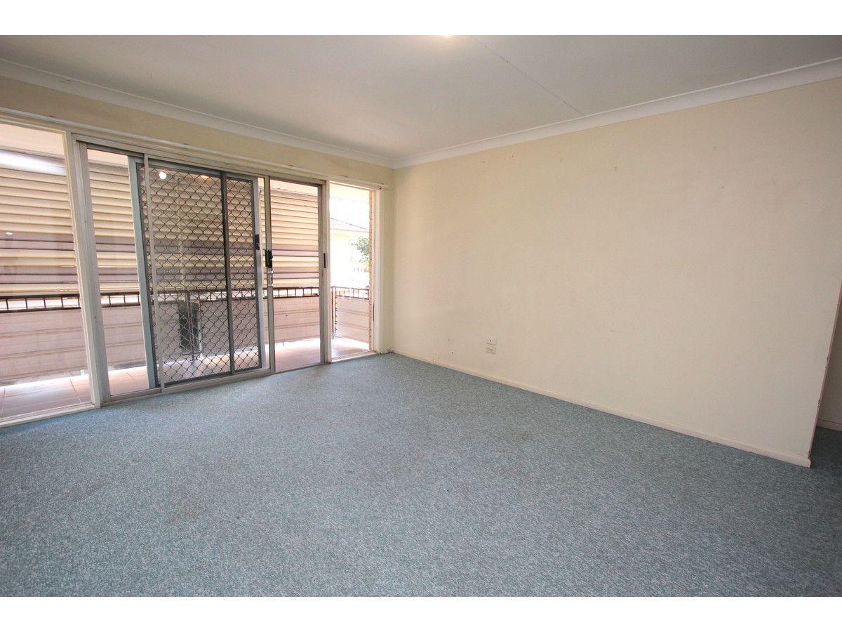 2/21 Harty Street, Coorparoo QLD 4151, Image 1