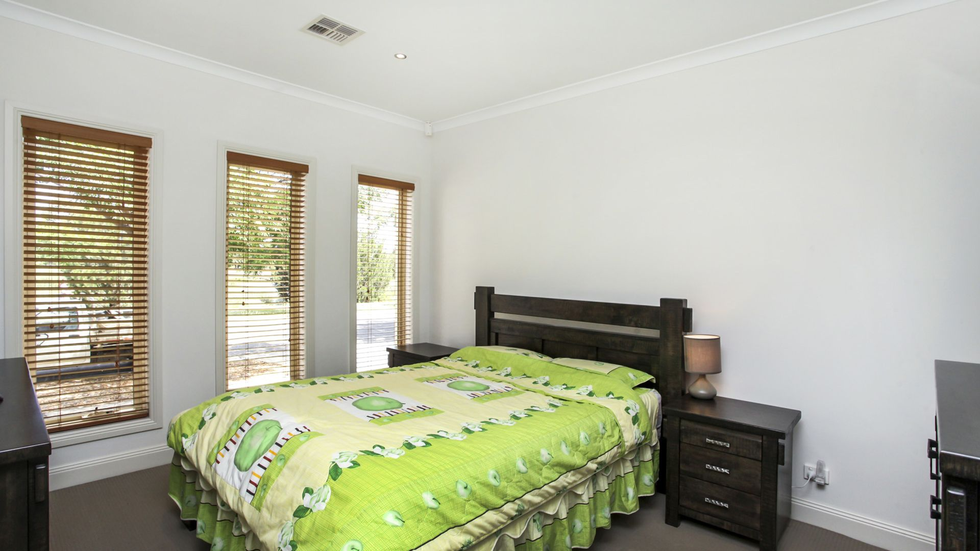 10 Lawson Way, Caroline Springs VIC 3023, Image 1