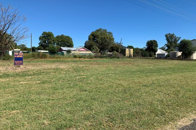 Picture of 22 Pullaming St, CURLEWIS NSW 2381