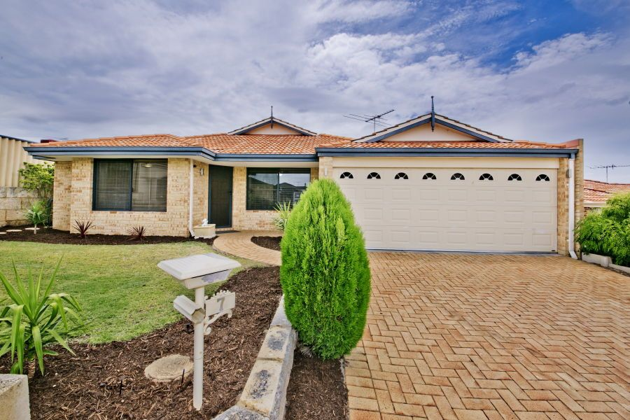 7 St Quentin Parkway, Alexander Heights WA 6064, Image 0