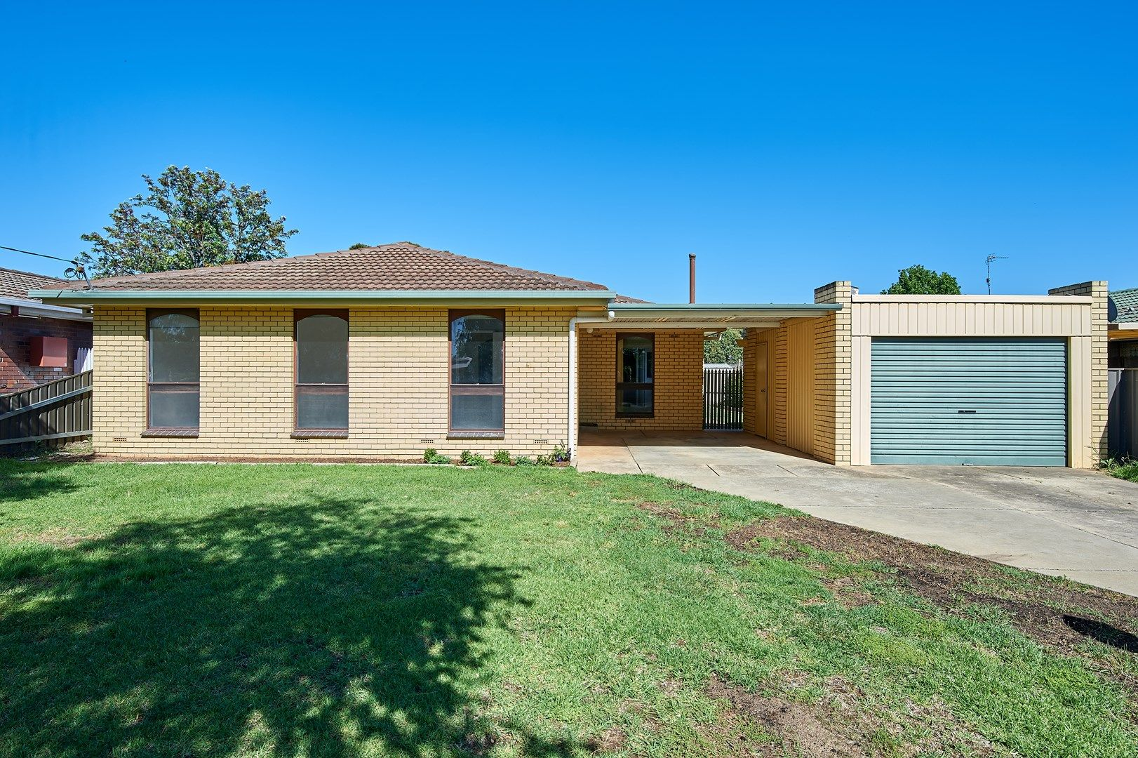 12 Eyre Street, Lake Albert NSW 2650, Image 0