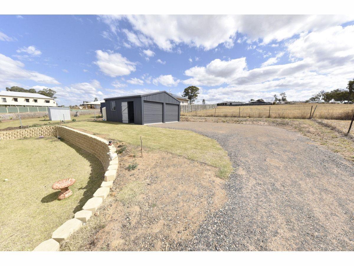 13 Ditchmen Drive, Grantham QLD 4347, Image 2