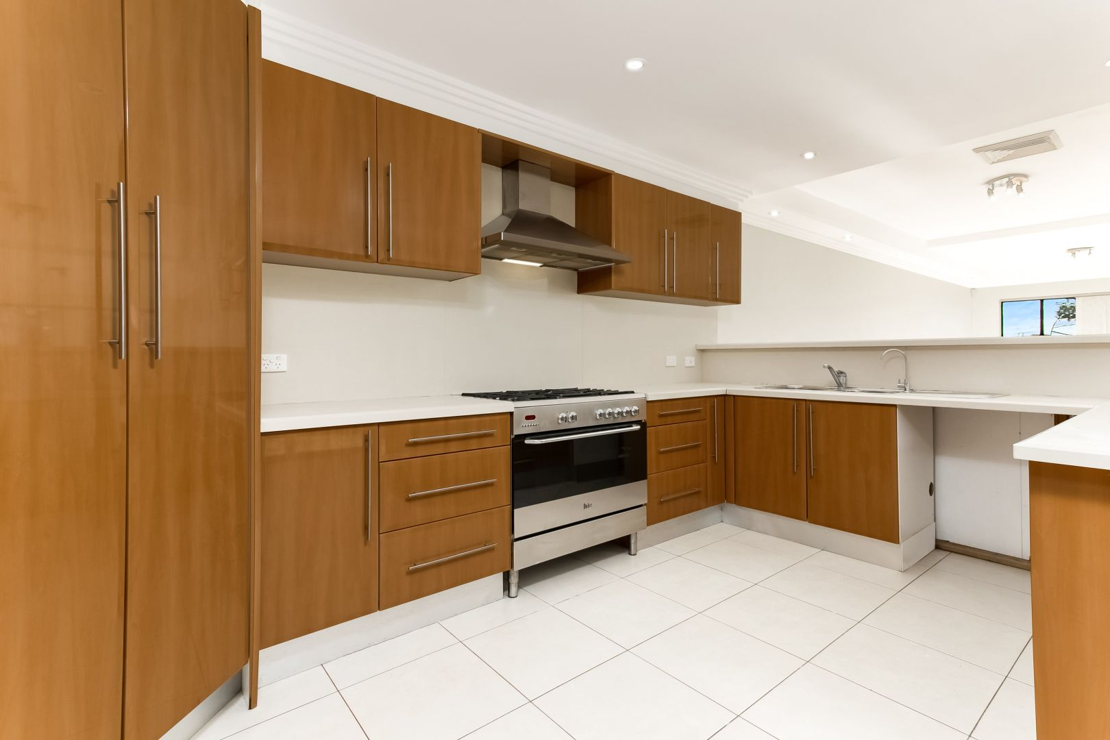 14 Vine Street, Hurstville NSW 2220, Image 2