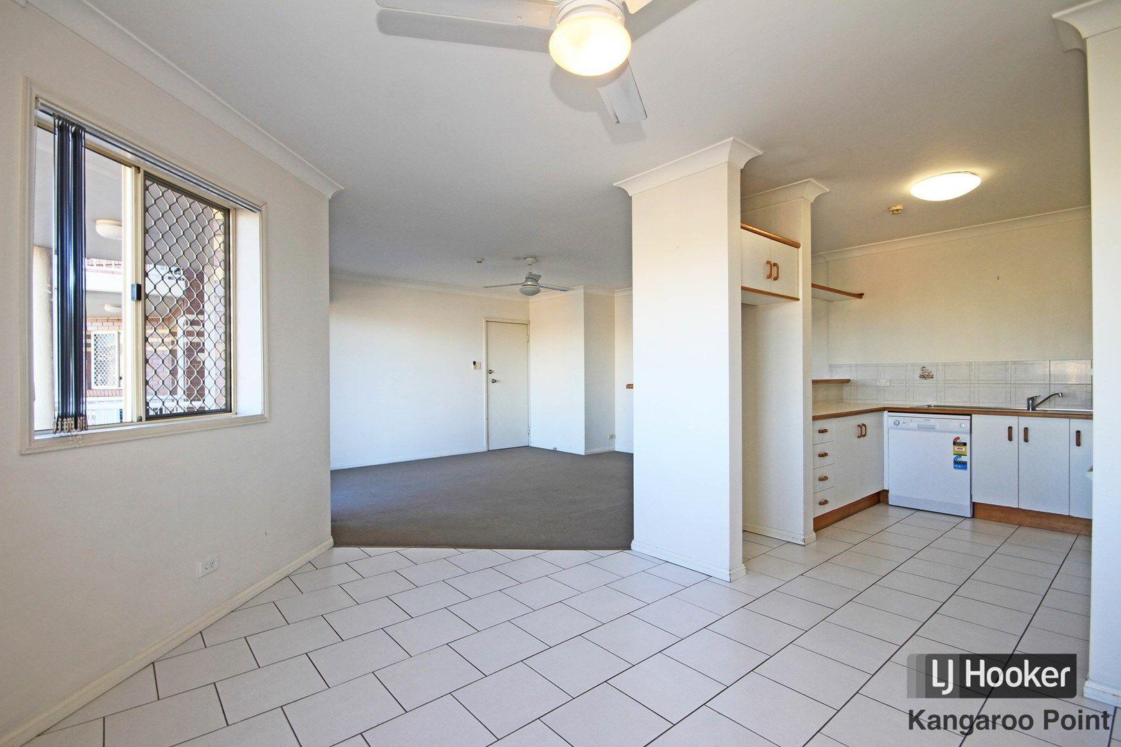 8/234 Shafston Avenue, Kangaroo Point QLD 4169, Image 0