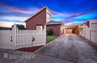 Picture of 14 Trelawny Place, Kings Park VIC 3021